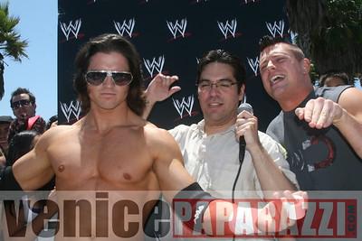 WWE   World Wrestling Entertainment in Venice Beach   08 09 08 (26)