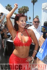 WWE   World Wrestling Entertainment in Venice Beach   08 09 08 (4)