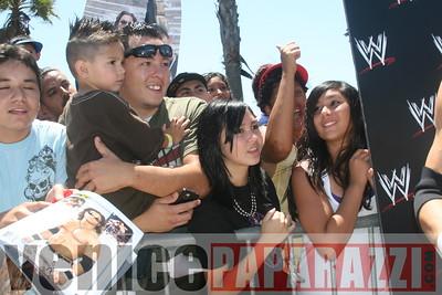 WWE   World Wrestling Entertainment in Venice Beach   08 09 08 (25)