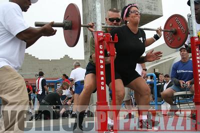 09 13 08 Venice Beach Powerlifting Meet   www powerliftingca com www musclebeachvenice com (19)