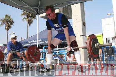 09 13 08 Venice Beach Powerlifting Meet   www powerliftingca com www musclebeachvenice com (966)