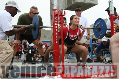 09 13 08 Venice Beach Powerlifting Meet   www powerliftingca com www musclebeachvenice com (16)