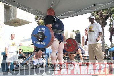 09 14 08 Muscle Beach Powerlifting   www powerlifitingca com  www musclebeach com (868)