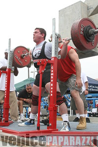 09 14 08 Muscle Beach Powerlifting   www powerlifitingca com  www musclebeach com (1)