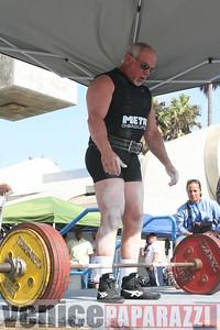 09 14 08 Muscle Beach Powerlifting   www powerlifitingca com  www musclebeach com (966)