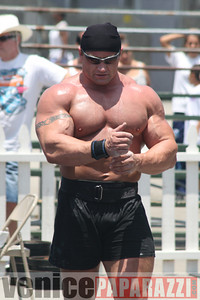 Strong Man Competition in Venice  (81)