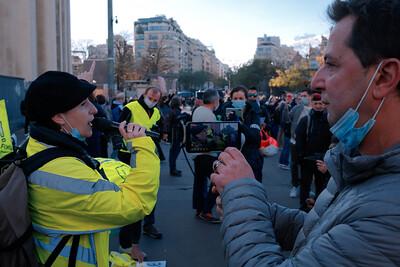 Sophie Tissier (Force jaune) et Didier Maïsto (Maïsto Prod) Rassemblement du Trocadéro, à Paris, le 21 novembre 2020 / Stop à la PPL Sécurité globale