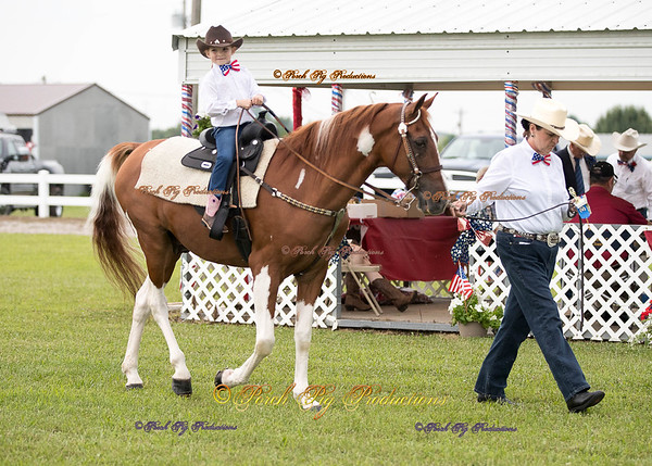 Order # DS7I2047___Giated horse show 2016__© Porch Pig Productions