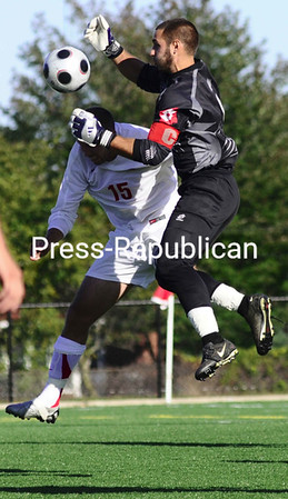 Saturday, September 20, 2008. Plattsburgh State vs. St. Lawrwnce at the Plattsburgh State Field House.  Plattsburgh won 1-0.<br><br>(Staff Photo/Michael Betts)