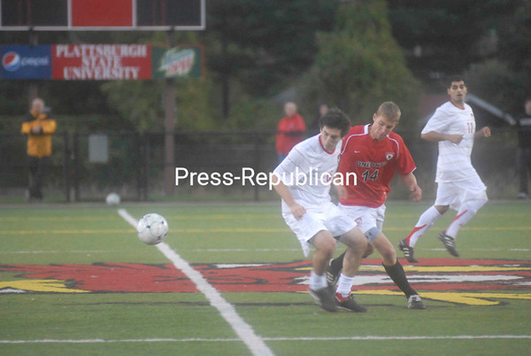 Friday, October 8, 2010. Plattsburgh State vs. Oneonta at the Plattsburgh State Field House.  PSUC won 4-0.<br><br>(P-R Photo/Andrew Wyatt)