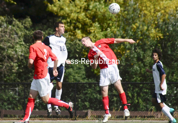 Saturday, September 25, 2010. Plattdburgh State vs. Geneseo in Plattsburgh.  PSU won 3-0.<br><br>(P-R Photo/Andrew Wyatt)