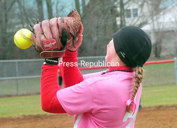 Monday, April 28, 2014. Plattsburgh State plays Geneseo University in softball at the Fieldhouse Sunday. <br /><br />(P-R Photo/Rob Fountain)