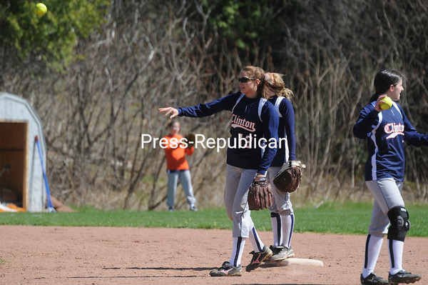 Saturday, April 30, 2011. Clinton Community College vs. Mohawk Valley Community College in Plattsburgh. <br><br>(P-R Photo/Andrew Wyatt)