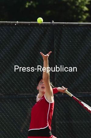 Friday, September 4, 2009. Plattsburgh State  vs. New Paltz in Plattsburgh.  New Paltz won 9-0.<br><br>(Staff Photo/Michael Betts)