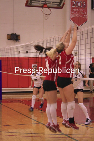 Saturday, September 19, 2009. Plattsburgh State vs. St. Joseph's .  Cardinal Classic women's volleyball tournament at Memorial Hall.<br><br>(P-R Photo/Melissa Hart)