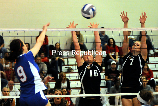 Saturday, October 22, 2011. Plattsburgh State vs. New Paltz in Plattsburgh.<br><br>(P-R Photo/Rob Fountain)