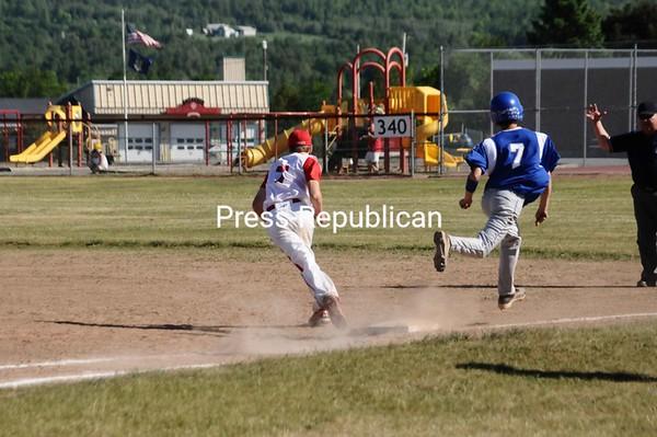 Friday, May 28, 2010. Saranac Cenrtral High School vs. Peru Central High School in Saranac.  Saranac won 9-4.<br><br>(P-R Photo/Andrew Wyatt)