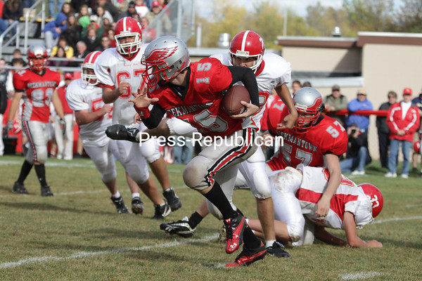 Saturday, October 2, 2010. Saranac Lake High School vs. Beekmantown Central High School in Beekmantown.  Saranac Lake won 49-0.<br><br>(P-R Photo/Gabe Dickens)
