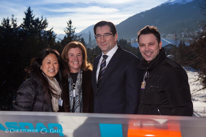 GV_2013-01_WEF_Opening_Bell-9513