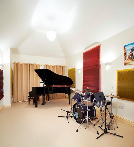 music_room_01