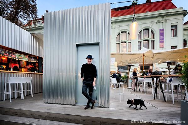 PRAGUE.  Martin Barry a créé dans différents endroits de la ville Manifesto Market, des marché de street food à l'approche écologique . Ici le Manifesto Market Smíchov.