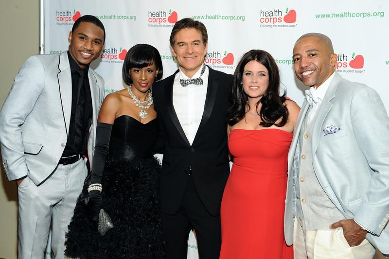 "(PM) DR. MEHMET OZ & LISA OZ Host HEALTHCORPS 2010 Gala: ""The Garden of Good & Evil"""
