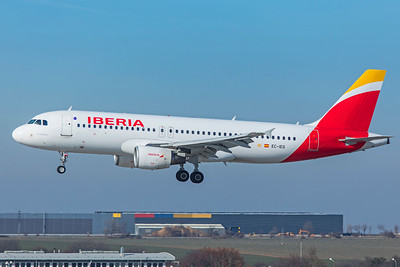 Iberia Airbus A320-214 EC-IEG 2-24-19