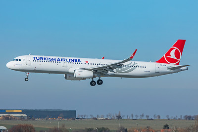 Turkish Airlines Airbus A321-231 TC-JTR 2-24-19