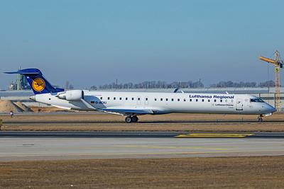 Lufthansa CityLine Bombardier CL-600-2D24 CRJ-900LR D-ACKI 2-24-19