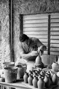 Crafting Vases, Trinidad