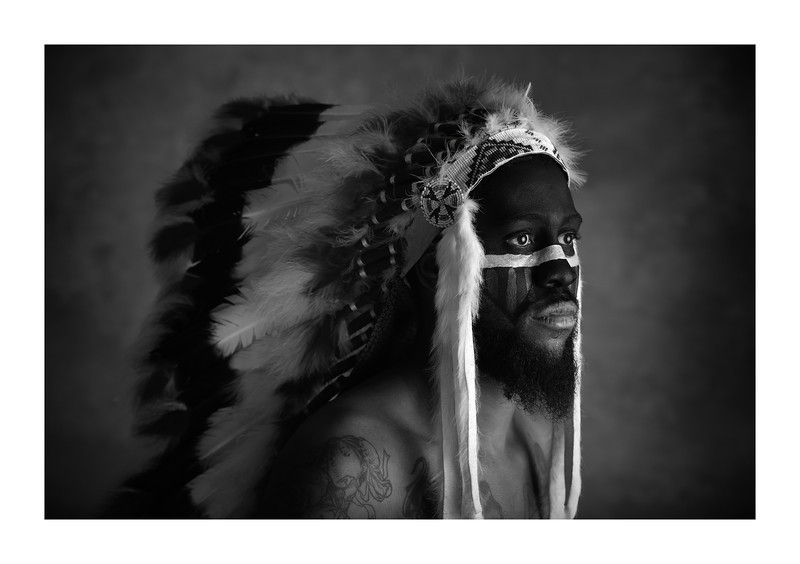 Phran_HeadDress_3124-19-13e_b&w