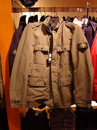 Clothes pulls 4 editorial 2011 04