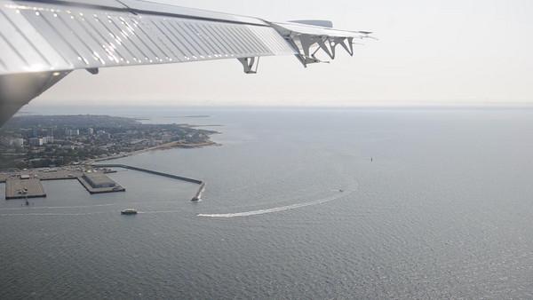 landing on a sea plane