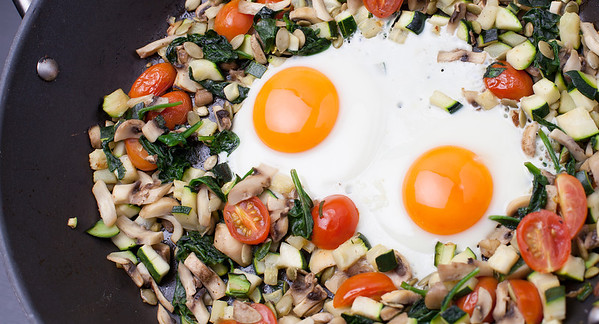 QUTN, Breakfast in Bed: Green Fry-Up.