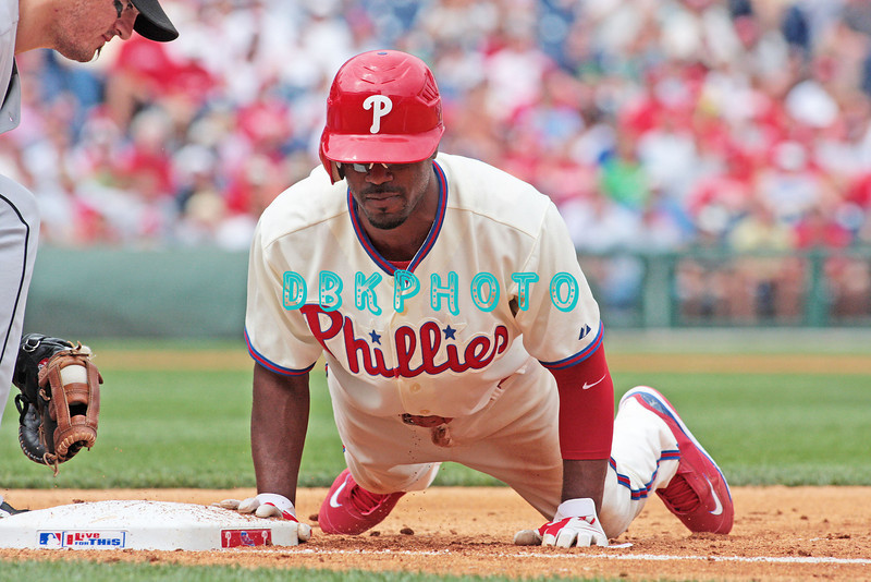 7 August 2008: Philadelphia Phillies' Jimmy Rollins (11) beats the throw back to first on a pick off attempt against the Florida Marlins. The Marlins went on to win defeating the Phillies 3-0 in Citizens Bank Stadium in Philadelphia, PA
