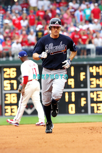 27 July 2008: Atlanta Braves 2nd baseman Kelly Johnson, (2) rounds the bases after slaming the first of  back to back homers in the fourth inning against the Philadelphia Phillies. Philadelphia went on to win defeating the Brave 12-10 in Citizens Bank Stadium in Philadelphia, PA