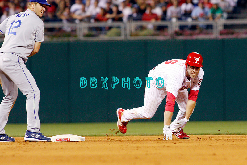 25 August 2008: Philadelphia Phillies'2nd baseman Chase Utley (26) is thrown out at sencond base ans Dodgers' 2nd baseman tags the base in the game against the Los Angeles Dodgers. The Phillies defeated the Dodgers 5-0 in Citizens Bank Stadium in Philadelphia, PA
