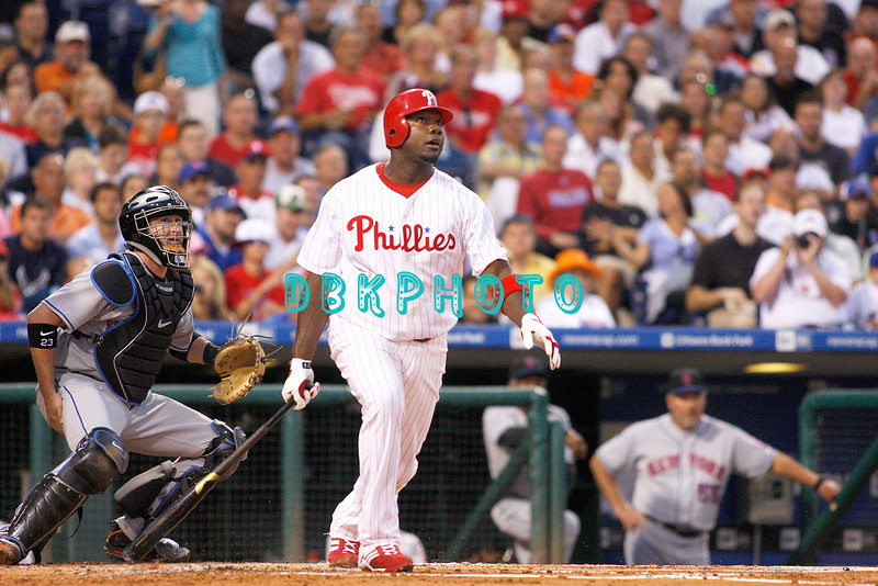 27 August 2008: Philadelphia Phillies' 1st baseman Ryan Howard (6) watches the ball leave the park for a home run in the game against the New York Mets. The Mets. The Mets went on to win defeating the Phillies' 6-3 in Citizens Bank Stadium in Philadelphia, PA
