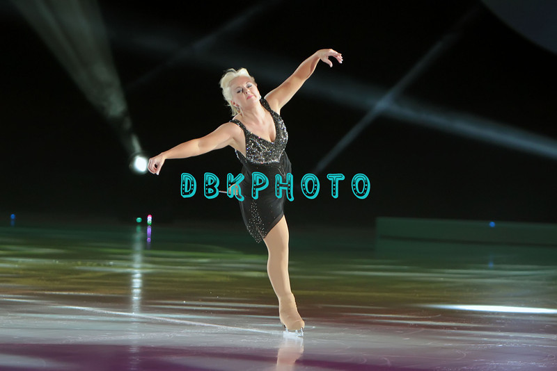 """Canadian Olympic Silver Medalist Elizabeth Manley performing in Caesars Tribute II """"A Salute to the Ladies of the Ice skating show and tribute to Peggy Flemming."""