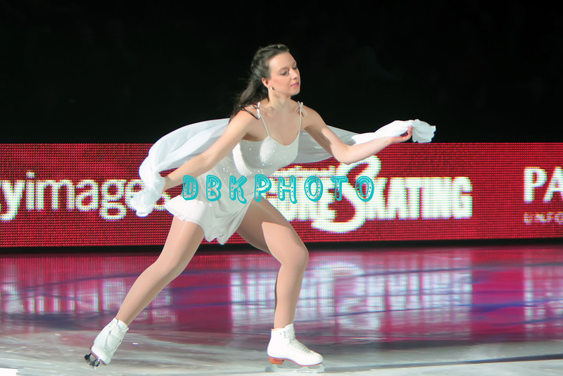 """US Olympic Gold Medalist, Sarah Hughes performing in Caesars Tribute II """"A Salute to the Ladies of the Ice skating show and tribute to Peggy Flemming."""