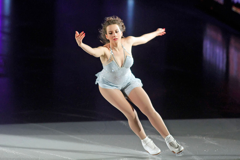 """ATLANTIC CITY, NJ - DECEMBER 11:  Sarah Hughes skates at 'A Salute to the Golden Age of American Skating""""  at Boardwalk Hall Arena on December 11, 2010 in Atlantic City, New Jersey.  ()"""