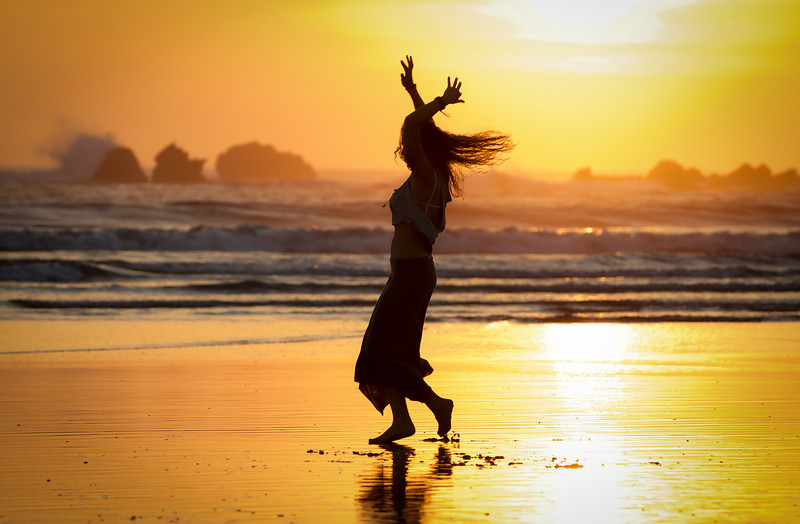 SUNSET DANCE, COSTA RICA