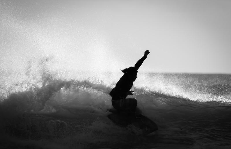 BEACH BREAK SURFING, COSTA RICA