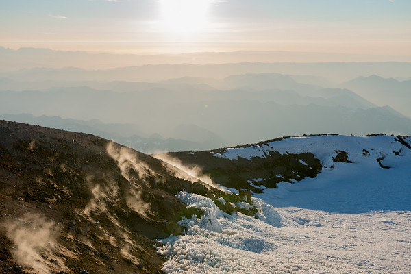 VOLCANIC STEAM, MT RAINIER SUMMIT