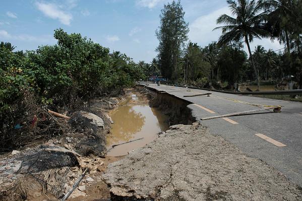 The half of road is destroyed by flood. Kok Keli, Tumpat, Kelantan