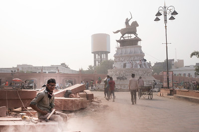 The government decided to beautify the area surrounding the golden temple, however the open construction happening over the months have worsened the situation lately.
