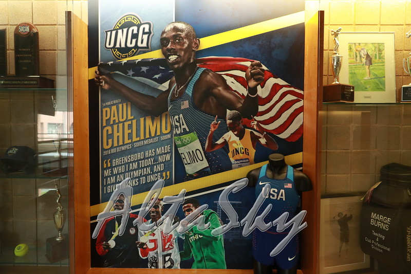 UNCG_BANNERS_033117005