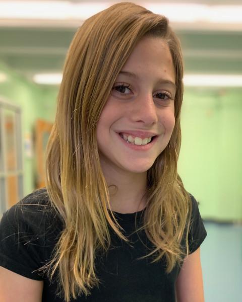 Adriana Comello 4-213