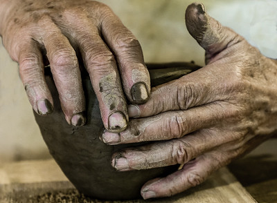 Potters Hands by Paul Motise - Score: 14   Award: 2nd Place Human Interest, Round 2, PSA Photojournalism Division