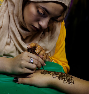 Henna Artist - Paul Motise  PSA Score 11